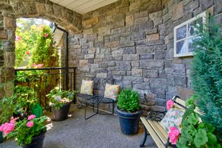 Photo 5: 15473 THRIFT Avenue: White Rock House for sale (South Surrey White Rock)  : MLS®# R2599524