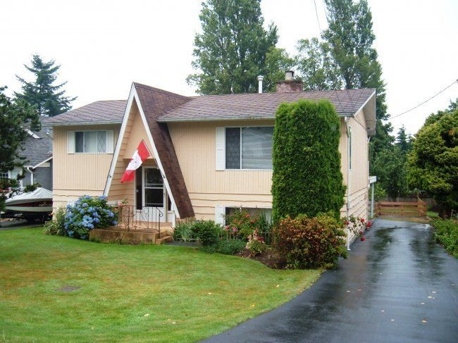 Main Photo: 1276 Kent St in White Rock: Home for sale
