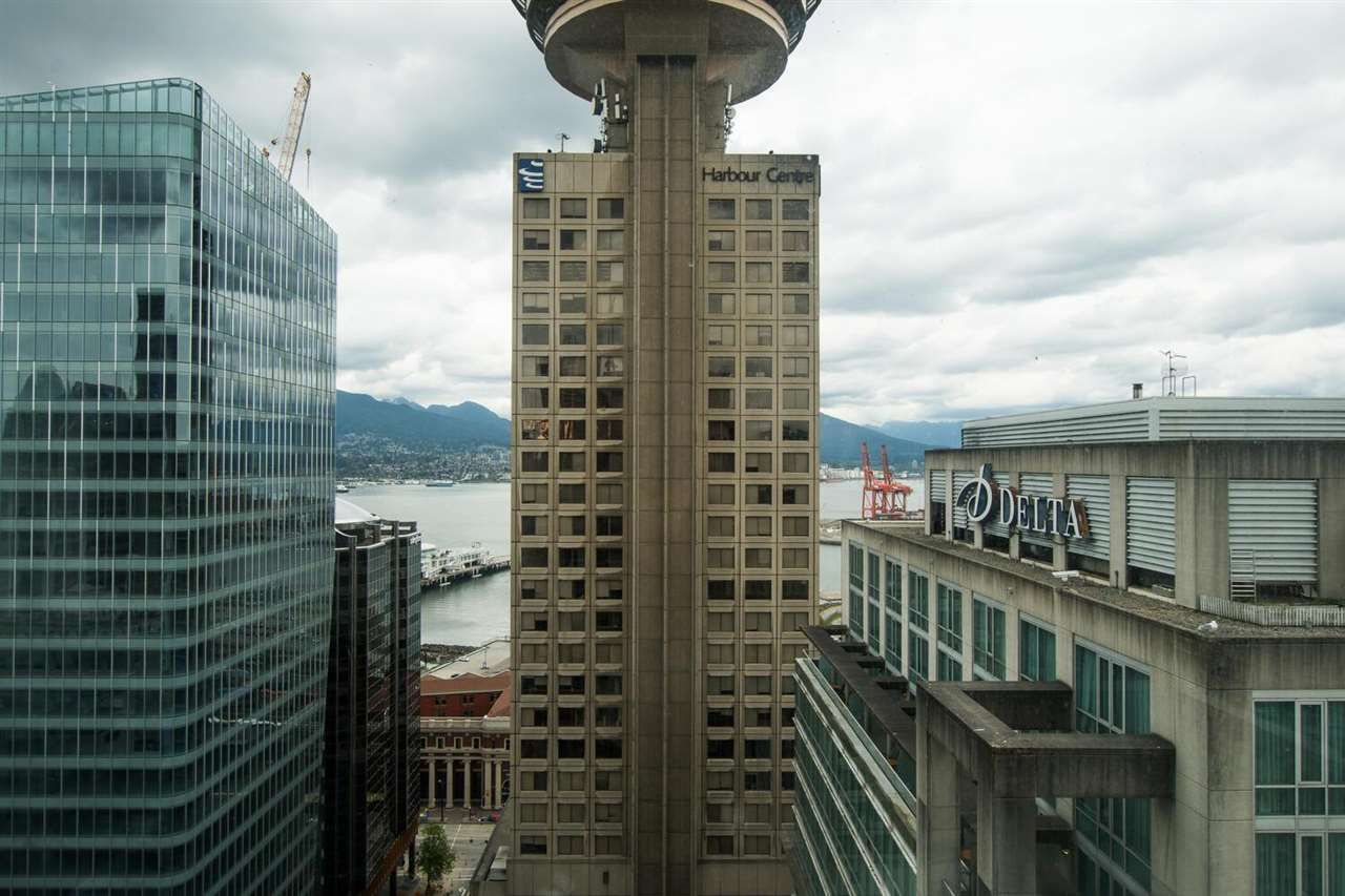 """Main Photo: 2607 438 SEYMOUR Street in Vancouver: Downtown VW Condo for sale in """"Conference Plaza"""" (Vancouver West)  : MLS®# R2574733"""