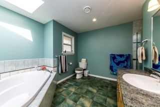 Photo 11: 1478 ARBORLYNN Drive in North Vancouver: Westlynn House for sale : MLS®# R2378911