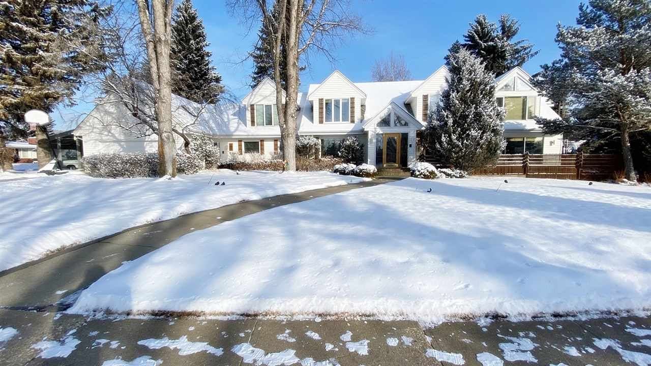 Main Photo: 2 LAURIER Place in Edmonton: Zone 10 House for sale : MLS®# E4226761