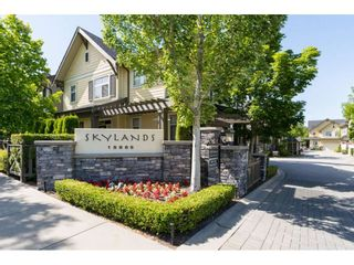 """Photo 2: 15 15885 26 Avenue in Surrey: Grandview Surrey Townhouse for sale in """"SKYLANDS"""" (South Surrey White Rock)  : MLS®# R2149915"""