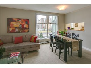 """Photo 3: B705 1331 HOMER Street in Vancouver: Yaletown Condo for sale in """"PACIFIC POINT"""" (Vancouver West)  : MLS®# V990433"""