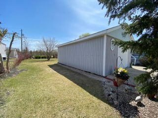 Photo 48: 16 King Crescent in Portage la Prairie RM: House for sale : MLS®# 202112003