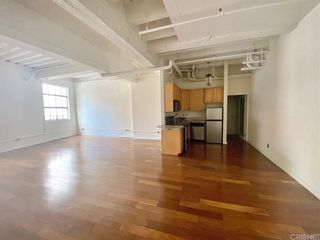 Photo 2: 312 W 5th Street Unit M10 in Los Angeles: Residential for sale (C42 - Downtown L.A.)  : MLS®# SR21201772