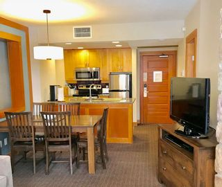"Photo 3: 215C 2036 LONDON Lane in Whistler: Whistler Creek Condo for sale in ""LEGENDS"" : MLS®# R2312191"