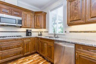 "Photo 3: 45172 NICOMEN Crescent in Sardis: Vedder S Watson-Promontory House for sale in ""Garrison Crossing"" : MLS®# R2586233"