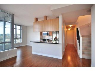 """Photo 4: PH1 587 W 7TH Avenue in Vancouver: Fairview VW Condo for sale in """"AFFINITI"""" (Vancouver West)  : MLS®# V848566"""