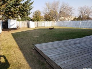 Photo 4: 90-92 Gray Avenue in Saskatoon: Forest Grove Residential for sale : MLS®# SK872570