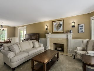 Photo 4: 5908 Boundary Place in Surrey: Panorama Ridge House for sale