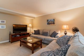 """Photo 6: 113 9061 HORNE Street in Burnaby: Government Road Townhouse for sale in """"BRAEMAR GARDENS"""" (Burnaby North)  : MLS®# R2615216"""