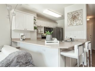 """Photo 7: 219 22150 48 Avenue in Langley: Murrayville Condo for sale in """"Eaglecrest"""" : MLS®# R2439305"""