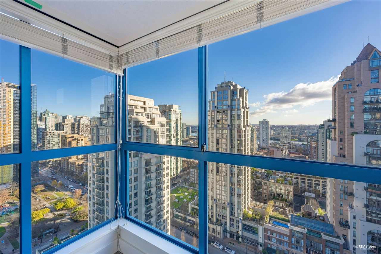 """Photo 3: Photos: 1401 1238 SEYMOUR Street in Vancouver: Downtown VW Condo for sale in """"THE SPACE"""" (Vancouver West)  : MLS®# R2520767"""