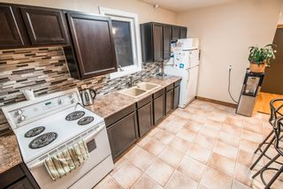 Photo 6: 717 Campbell Street in Winnipeg: Single Family Detached for sale : MLS®# 1729331