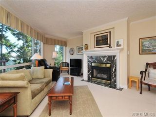 Photo 6: 503 940 Boulderwood Rise in VICTORIA: SE Broadmead Condo for sale (Saanich East)  : MLS®# 689065