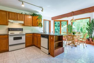 Photo 26: 6620 Rennie Rd in : CV Courtenay North House for sale (Comox Valley)  : MLS®# 851746