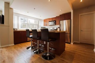 Photo 3: 301 9266 UNIVERSITY Crescent in Burnaby: Simon Fraser Univer. Condo for sale (Burnaby North)  : MLS®# R2464043