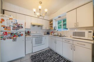 Photo 5: 5187 MARINE Drive in Burnaby: South Slope House for sale (Burnaby South)  : MLS®# R2617687