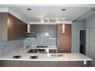 Photo 1: 2902 6588 NELSON Street in Burnaby: Metrotown Condo for sale (Burnaby South)  : MLS®# V1131774