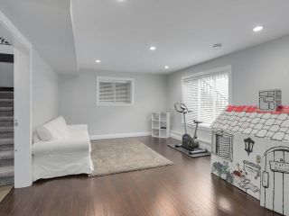 """Photo 17: 17387 3 Avenue in Surrey: Pacific Douglas House for sale in """"SUMMERFIELD"""" (South Surrey White Rock)  : MLS®# R2257323"""
