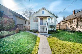 Photo 1: 411 KELLY Street in New Westminster: Sapperton House for sale : MLS®# R2444099