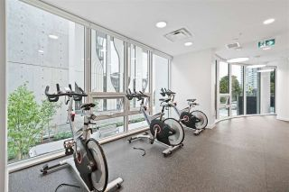 """Photo 17: 2411 13438 CENTRAL Avenue in Surrey: Whalley Condo for sale in """"Prime on the Plaza"""" (North Surrey)  : MLS®# R2572407"""