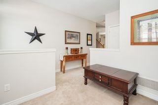 Photo 4: 4 Gunby Blvd: Waterdown Freehold for sale (Hamilton)  : MLS®# X4489120