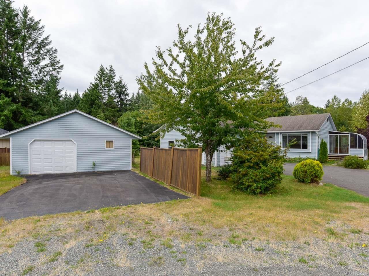 Main Photo: 1273 Miller Rd in COMOX: CV Comox Peninsula House for sale (Comox Valley)  : MLS®# 820513