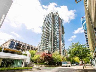 """Photo 11: 2605 1068 HORNBY Street in Vancouver: Downtown VW Condo for sale in """"THE CANADIAN AT WALL CENTRE"""" (Vancouver West)  : MLS®# R2585193"""