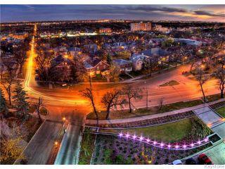 Photo 3: 323 Wellington Crescent in WINNIPEG: Fort Rouge / Crescentwood / Riverview Condominium for sale (South Winnipeg)  : MLS®# 1530275