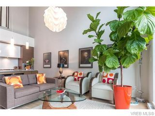 Photo 7: 402 601 Herald St in VICTORIA: Vi Downtown Condo for sale (Victoria)  : MLS®# 746011