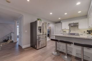 """Photo 7: 44 3405 PLATEAU Boulevard in Coquitlam: Westwood Plateau Townhouse for sale in """"Pinnacle Ridge"""" : MLS®# R2374216"""