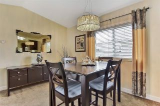 """Photo 3: 51 2120 KING GEORGE Boulevard in Surrey: King George Corridor Manufactured Home for sale in """"Five Oaks"""" (South Surrey White Rock)  : MLS®# R2454981"""
