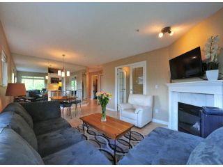 """Photo 5: 312 15272 20TH Avenue in Surrey: King George Corridor Condo for sale in """"Windsor Court"""" (South Surrey White Rock)  : MLS®# F1424168"""