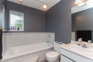 """Photo 14: 6491 CLAYTONWOOD Grove in Surrey: Cloverdale BC House for sale in """"Clayton Hills"""" (Cloverdale)  : MLS®# R2214597"""