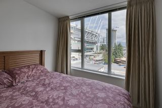 Photo 8: 702 33 SMITHE STREET in Vancouver: Yaletown Condo for sale (Vancouver West)  : MLS®# R2103455