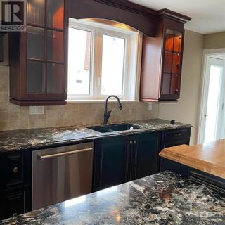 Photo 10: 964 WARBLER BAY in Ottawa: House for rent : MLS®# 1250872