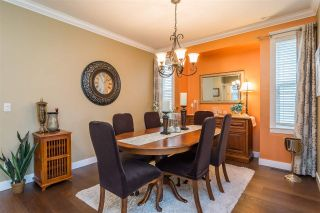 """Photo 4: 23029 JENNY LEWIS Avenue in Langley: Fort Langley House for sale in """"BEDFORD LANDING"""" : MLS®# R2359056"""