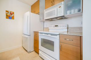 """Photo 11: 1407 977 MAINLAND Street in Vancouver: Yaletown Condo for sale in """"YALETOWN PARK 3"""" (Vancouver West)  : MLS®# R2524539"""