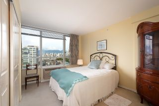 """Photo 7: 1000 1570 W 7TH Avenue in Vancouver: Fairview VW Condo for sale in """"Terraces on 7th"""" (Vancouver West)  : MLS®# R2624215"""