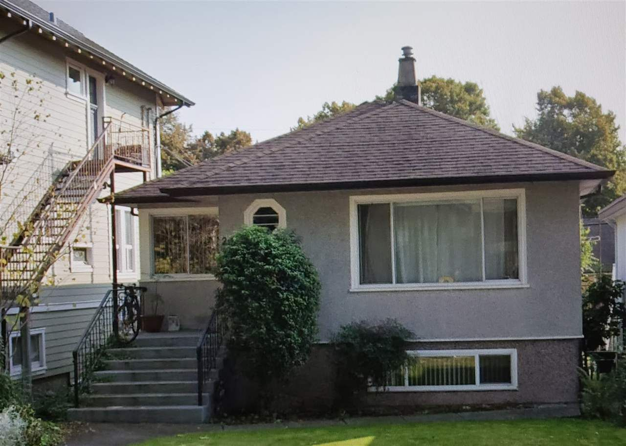 Main Photo: 2012 GRANT STREET in Vancouver: Grandview Woodland House for sale (Vancouver East)  : MLS®# R2530357