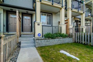 """Photo 3: 9 13886 62 Avenue in Surrey: Sullivan Station Townhouse for sale in """"FUSION BY LAKEWOOD"""" : MLS®# R2140969"""