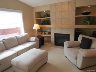 Photo 2: 214 Craigmohr Drive in WINNIPEG: Fort Garry / Whyte Ridge / St Norbert Residential for sale (South Winnipeg)  : MLS®# 1408326
