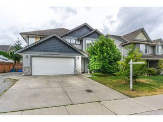 Photo 1: 27938 TRESTLE Avenue in Abbotsford: Aberdeen House for sale : MLS®# R2104396
