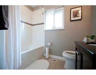"""Photo 8: 3700 ROYALMORE Avenue in Richmond: Seafair House for sale in """"MOORES"""" : MLS®# V804841"""