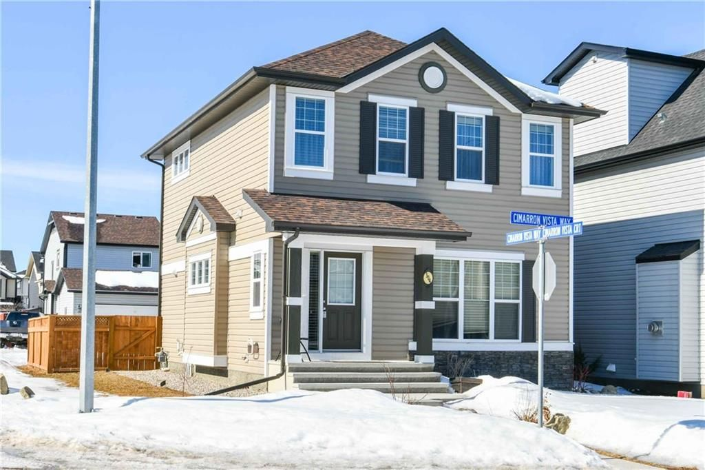 Main Photo: 304 CIMARRON VISTA Way: Okotoks House for sale : MLS®# C4172513