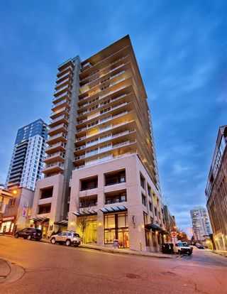 "Photo 1: 1707 39 SIXTH Street in New Westminster: Downtown NW Condo for sale in ""QUANTUM"" : MLS®# R2262305"