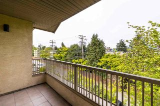 Photo 5: 302 1099 E BROADWAY in Vancouver: Mount Pleasant VE Condo for sale (Vancouver East)  : MLS®# R2578531