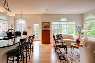 Photo 2: 19 Discovery Ridge Gardens SW in Calgary: Discovery Ridge Detached for sale : MLS®# A1116891