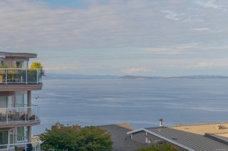 Photo 16: 5306 2829 Arbutus Rd in : SE Ten Mile Point Condo for sale (Saanich East)  : MLS®# 885299